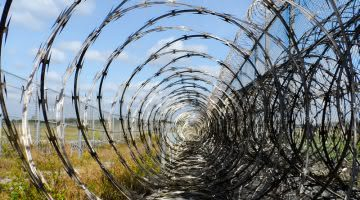 Consider Parole For Nonviolent Offenders