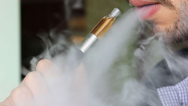 FDA Delays Rules That Would Cripple E-Cigarette Industry