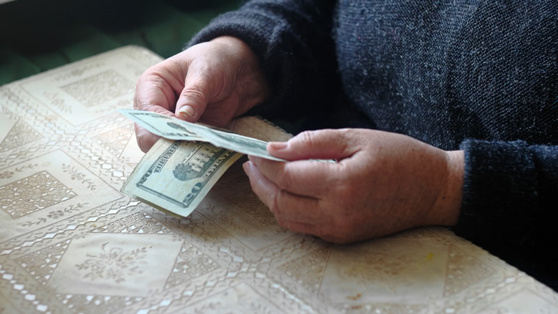 Federal Government Should Not Bail Out State Pension Systems