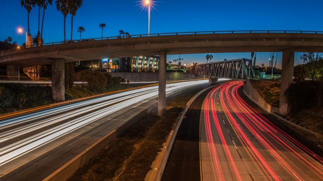 Using Managed Lanes in Metro Areas to Fund the Reconstruction of Interstate Highways