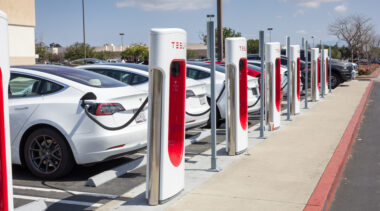 Proposed electric vehicles tax credit prioritizes labor unions over carbon reduction goals