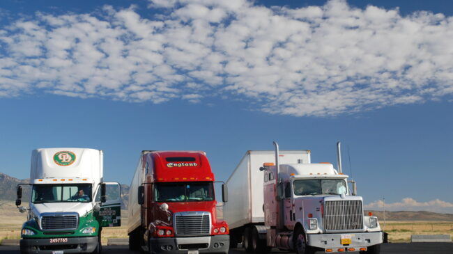 Federal ban on commercial rest areas hurts drivers, truckers, and the future of electric vehicles