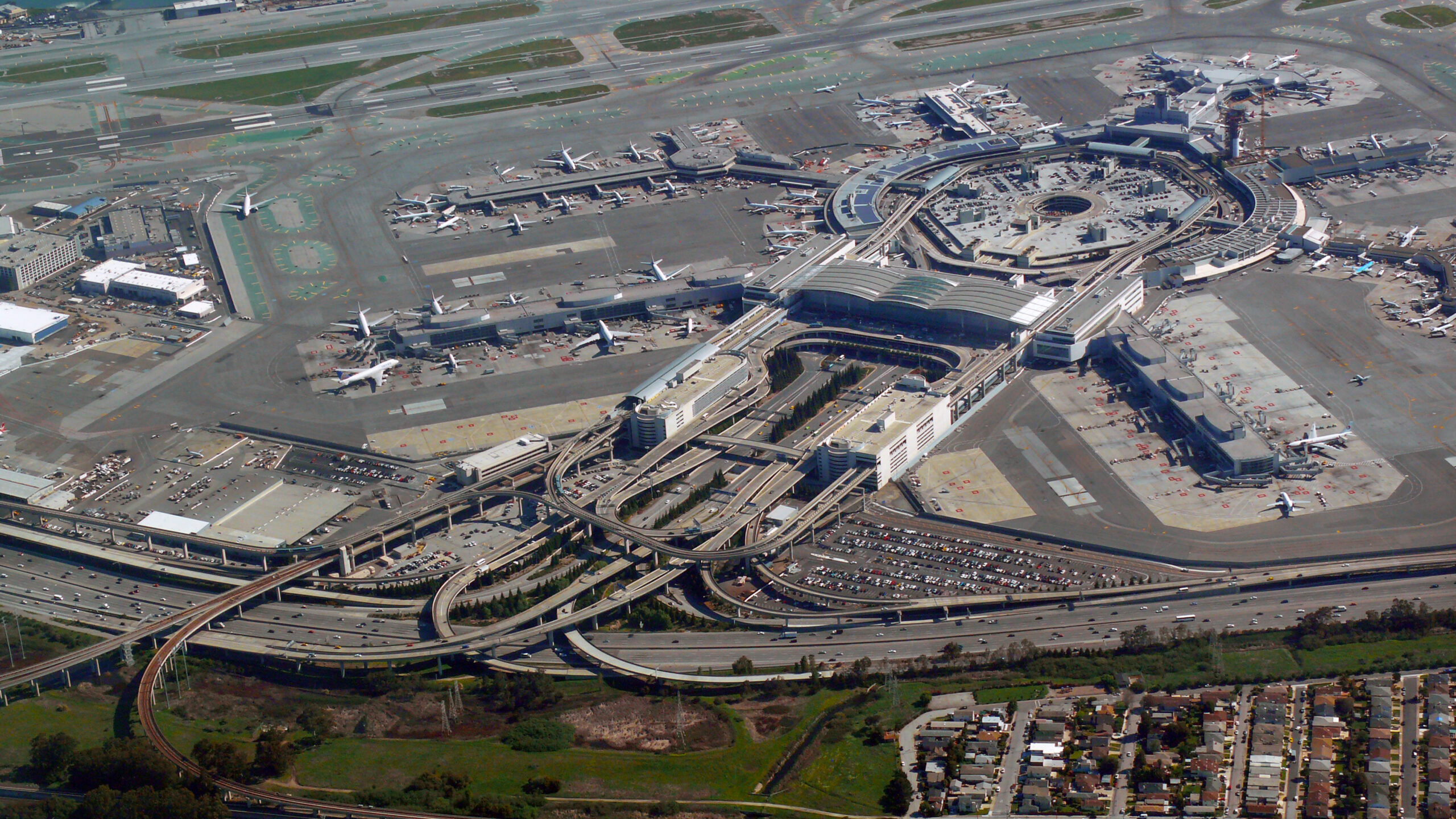 Pension Reform Newsletter: Leveraging airports to improve pension solvency, the future of reform in Pennsylvania, and more